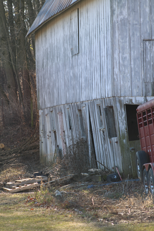 side view of the barn to show leaning